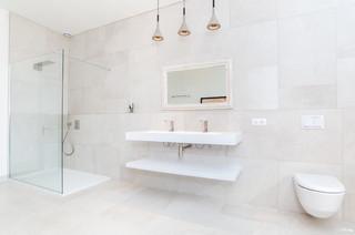 salle de bain carrelee jusqu au plafond