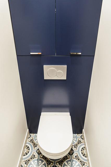 changement du sol wc par des carreaux