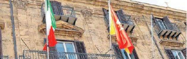 """Regione Sicilia, procura di Palermo indaga su presunte """"spese pazze"""""""