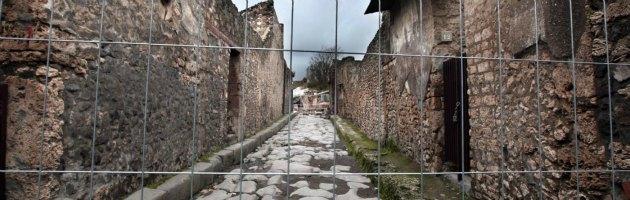 Pompei, nuovi danni a causa del maltempo: cede il muro di una domus