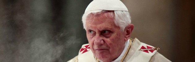 https://i1.wp.com/st.ilfattoquotidiano.it/wp-content/uploads/2013/02/ratzinger-interna-nuova-2.jpg