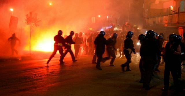 Rifiuti: la camorra nella discarica di Chiaiano, dove Berlusconi inviò l'esercito