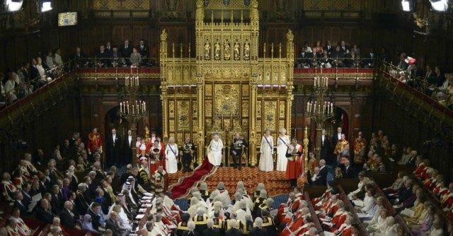 Regno Unito, legge anti-casta: gli elettori potranno far dimettere i parlamentari