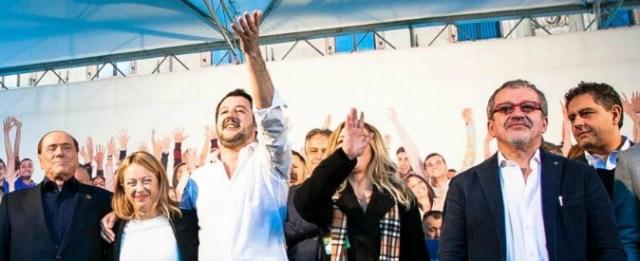 Salvini, la missione perfetta per tenere unita la destra. Ma rischia di trainare una coalizione a pezzi: a Fico mancano 60 voti