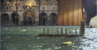 High water in Venice, a meter of water inside the Basilica of San Marco: a disaster for the artistic and religious heritage
