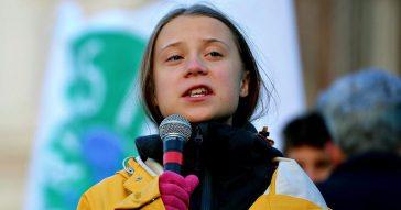 """Cop26, Greta Thunberg non andrà: """"Vaccini distribuiti iniquamente. Molti Paesi danno dosi a giovani in salute a danno dei più fragili"""""""