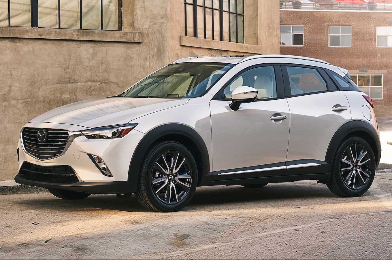 2018 Mazda CX-3 Gains New Tech, Chassis Updates - Motor ...