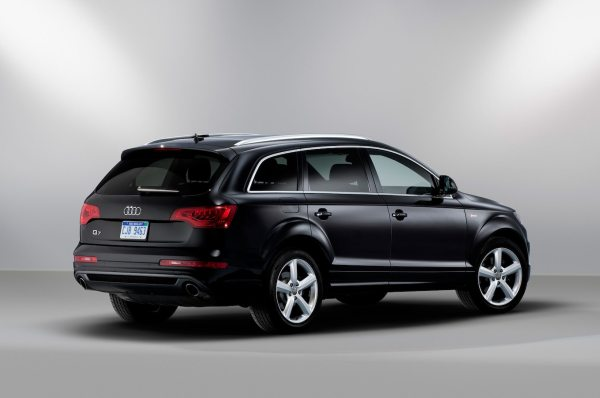 2013 Audi Q7 Reviews and Rating | Motor Trend