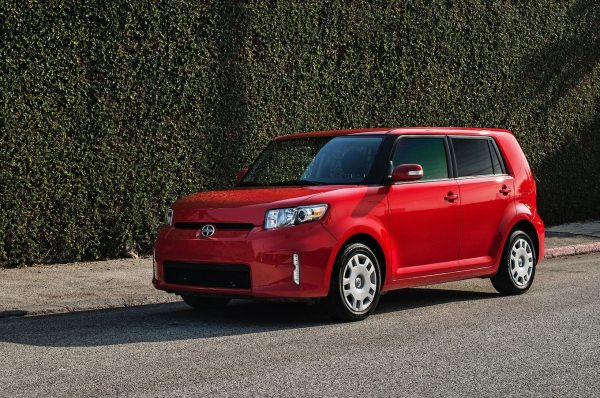 2015 Scion xB Reviews and Rating | Motor Trend