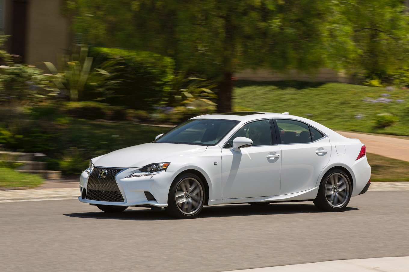 Lexus Is300 posters news and videos on your pursuit