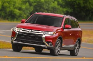 2016 Mitsubishi Outlander Reviews and Rating | Motor Trend