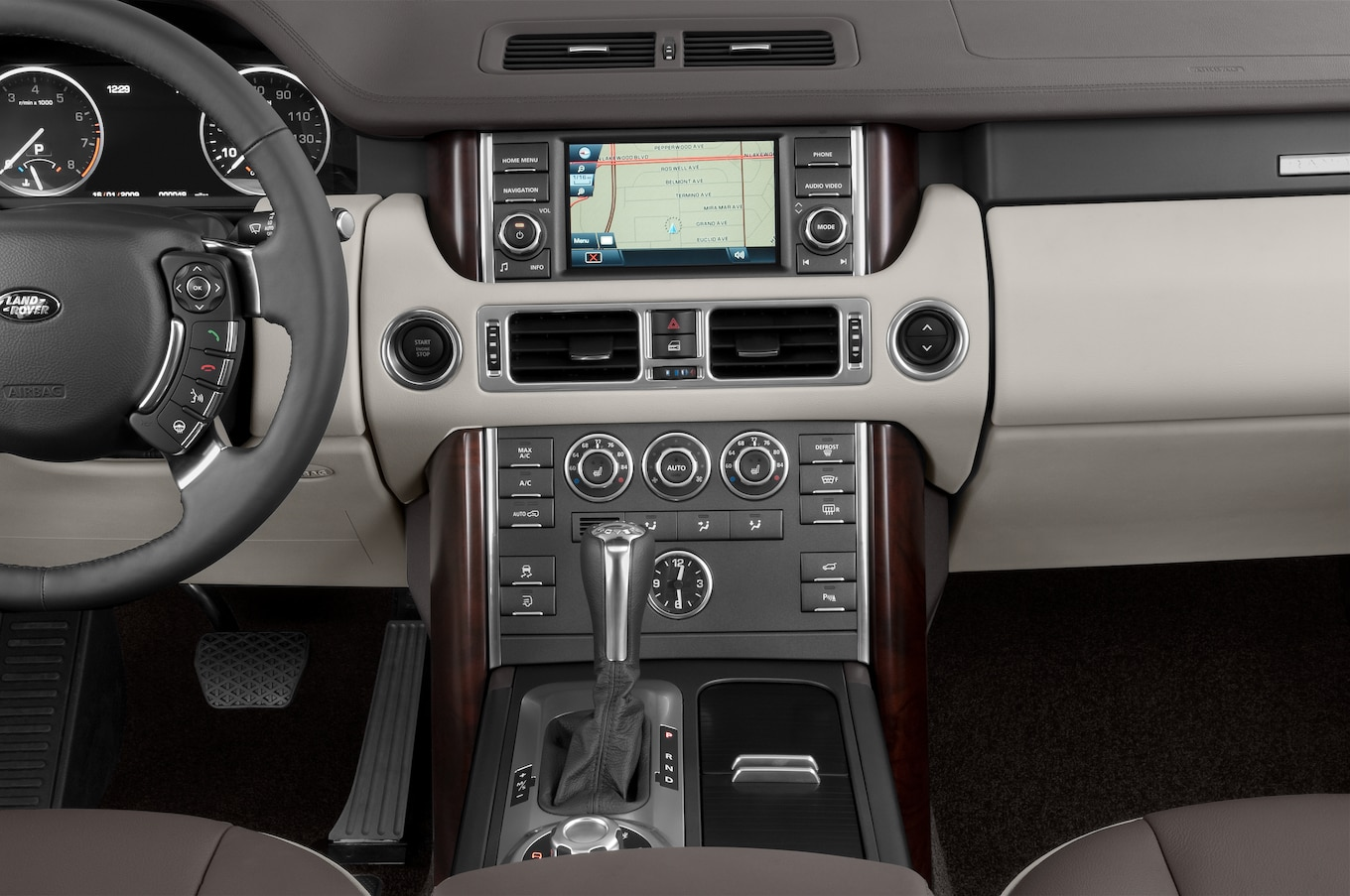2011 Land Rover Range Rover Reviews and Rating