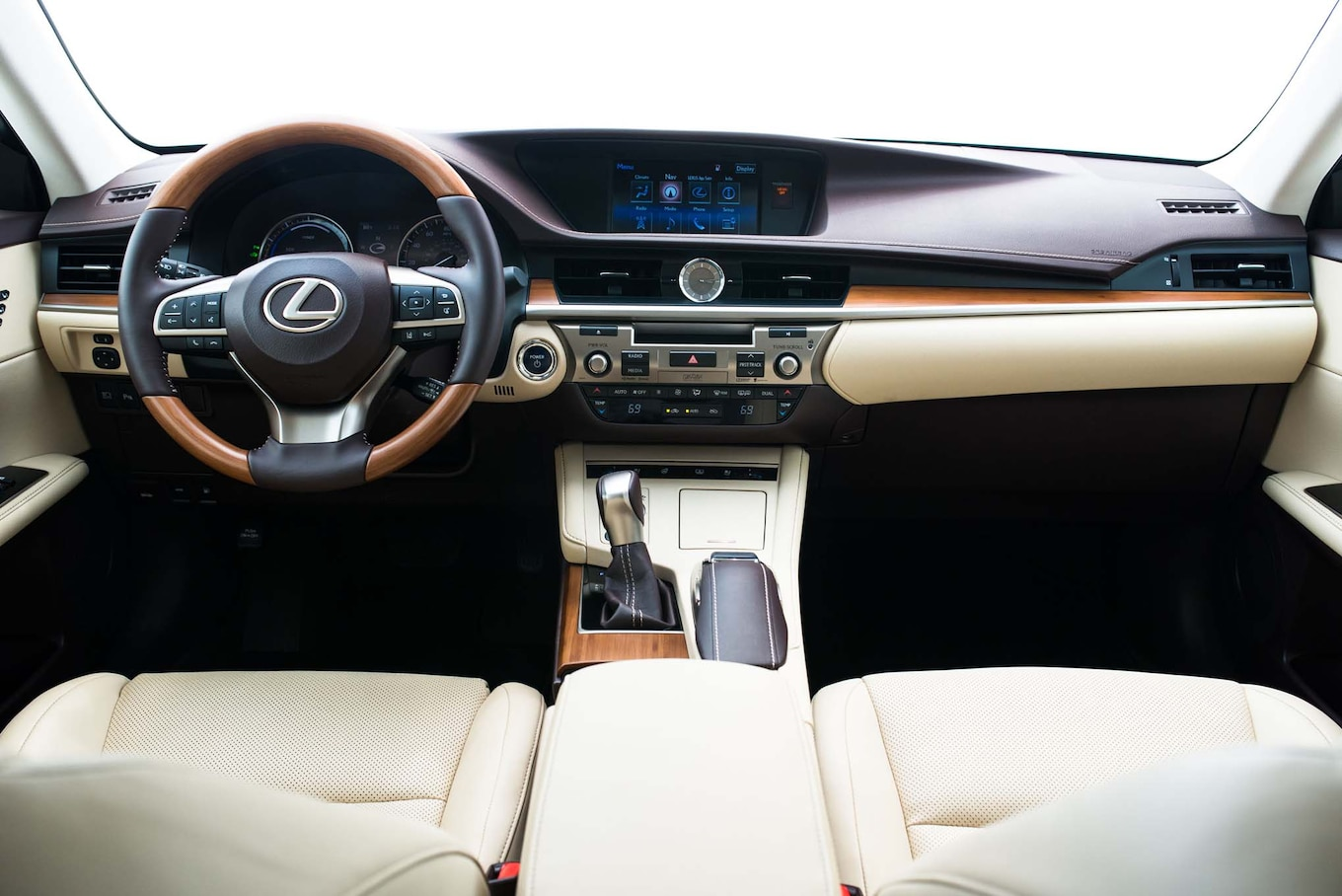 Lexus ES300h Reviews Research New & Used Models