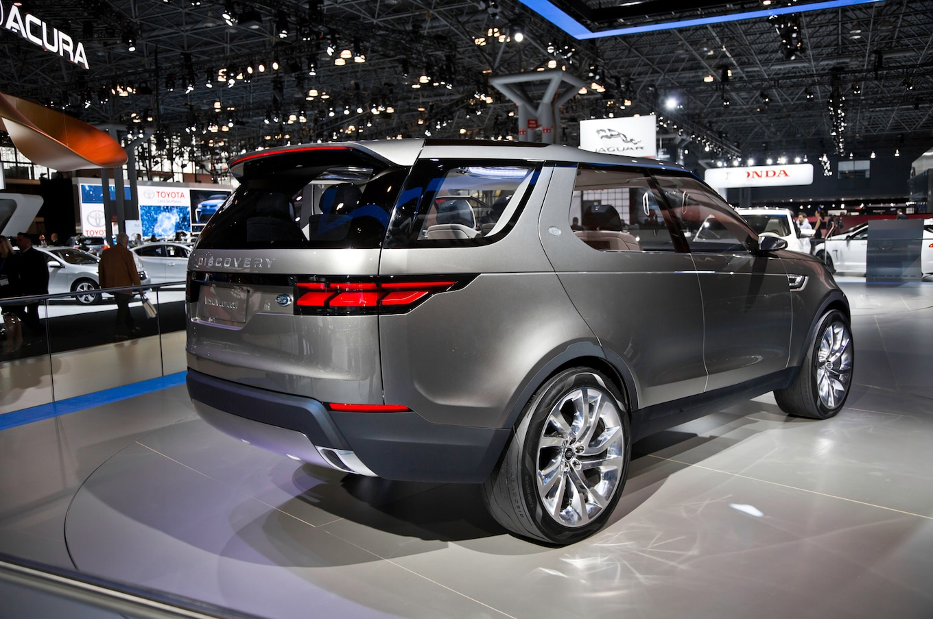 Spied Land Rover Discovery Hits the Streets of Vegas Motor Trend