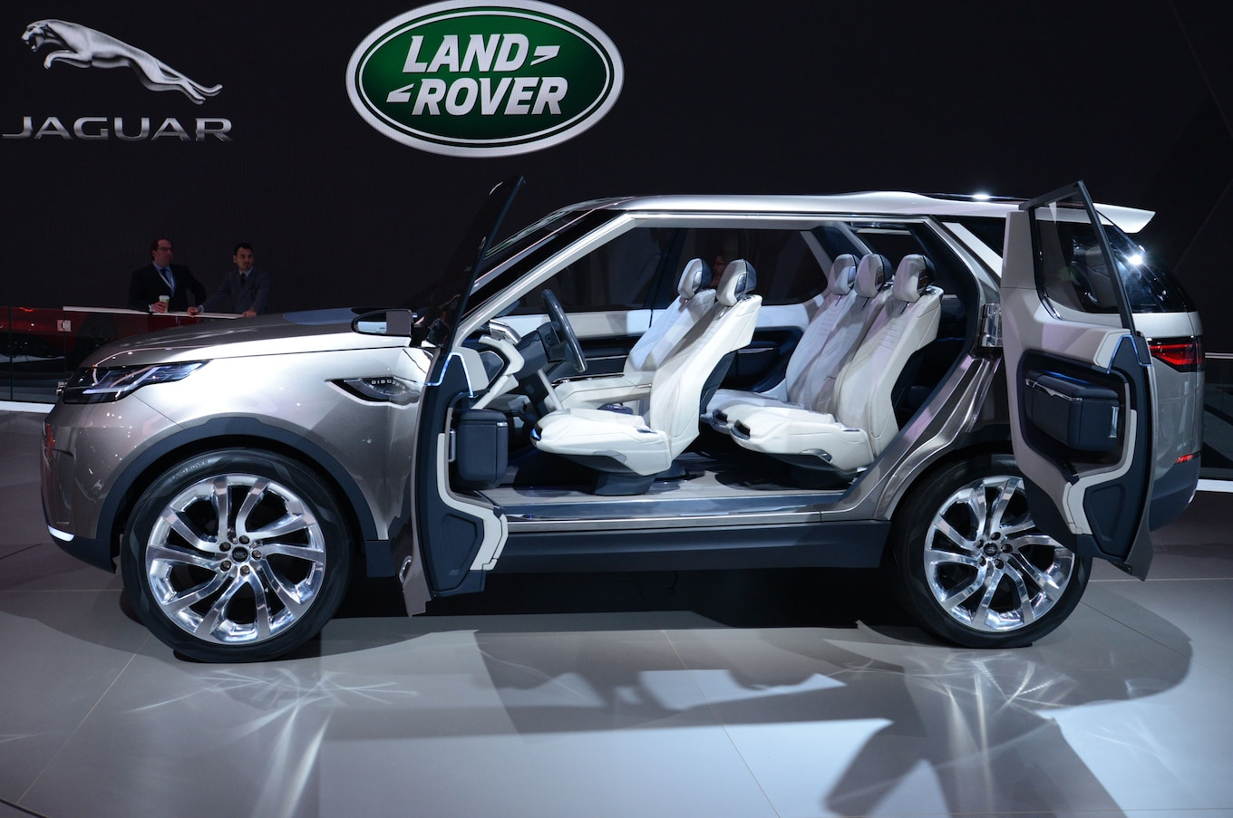 Next Gen Land Rover Discovery Just the Beginning Motor Trend