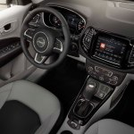 2017 Jeep Compass Limited interior