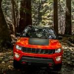 2017 Jeep Compass Trailhawk front end 1