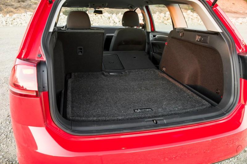 2016 Volkswagen Golf Sportwagen S TSI cargo