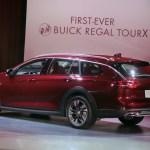 2018 Buick Regal TourX rear three quarter 1