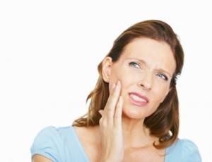 Можно ли лечить или удалять зубы во время простуды