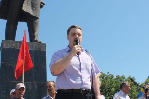 """Le candidat du Parti communiste Vladimir Sakharovsky a battu un représentant du """"parti du pouvoir"""" lors des élections partielles à la ville de Douma de Birobidjan"""