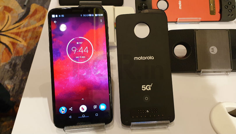 Motorola Moto Z3 5G Moto Mod demoed at Qualcomm Tech Summit 2018