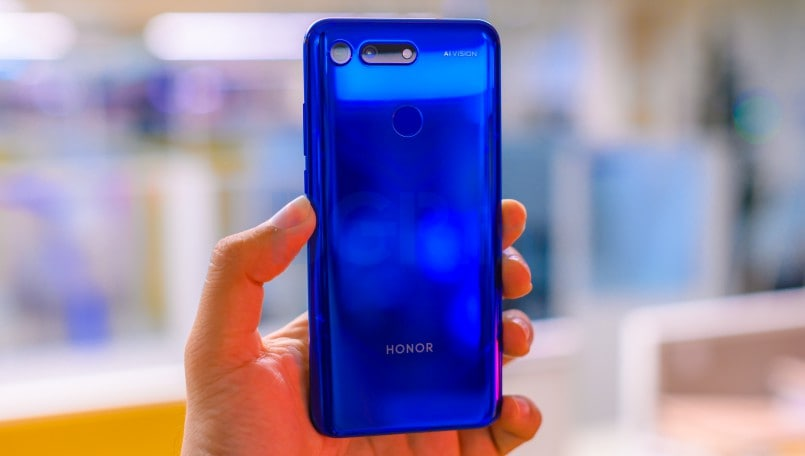 Honor View20 Review: A w(hole) new smartphone experience