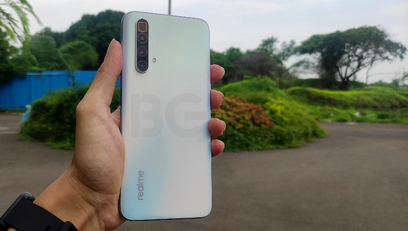 Realme X3 SuperZoom First impressions: Zooming in on the flagship game