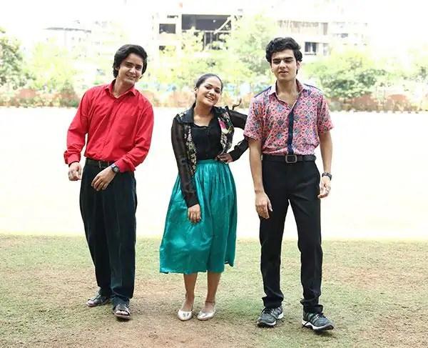 Munna,-Pandit-and-Preeti-in-college