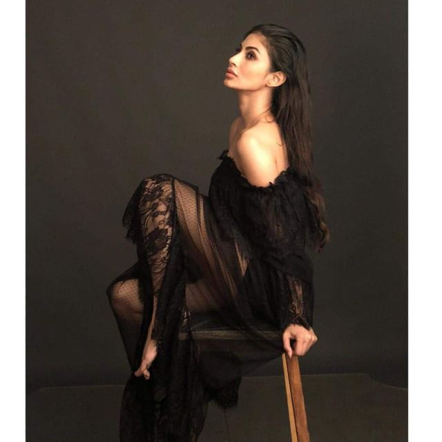 Mouni Roy's sexy photoshoot in black will cast a spell on you