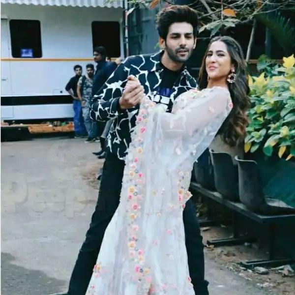 Sara Ali Khan and Kartik Aaryan unfollow each other on Instagram