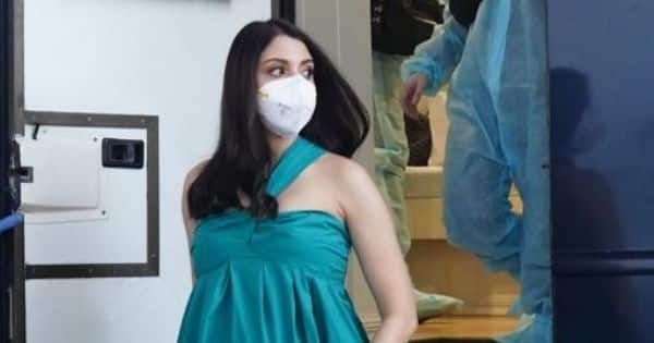 Mom-to-be Anushka Sharma shoots in Mumbai – view pic