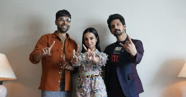 Ravi Dubey and Abhishek Banerjee tell Ira Dubey about their flies being open and embarrassing pickup lines