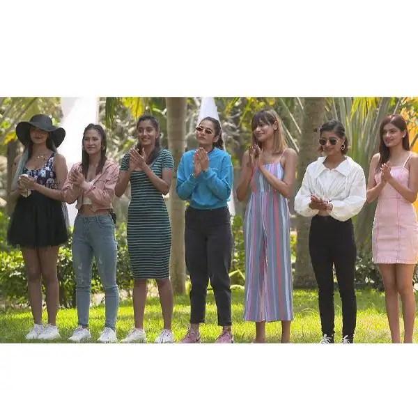 Villa girls
