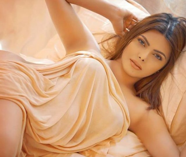 Kamasutra 3d Movie Sexy And Hot Sherlyn Chopra Reveals Why She Backed Out Watch