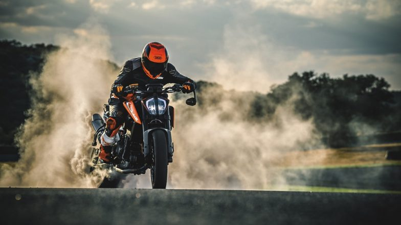 2018 ktm 790 duke 784x441 - KTM 790 Duke Motorcycle To Be Launched in India on September 23; Expected Price, Features & Specifications