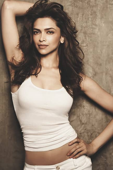 Deepika Padukone looks sexy in this picture