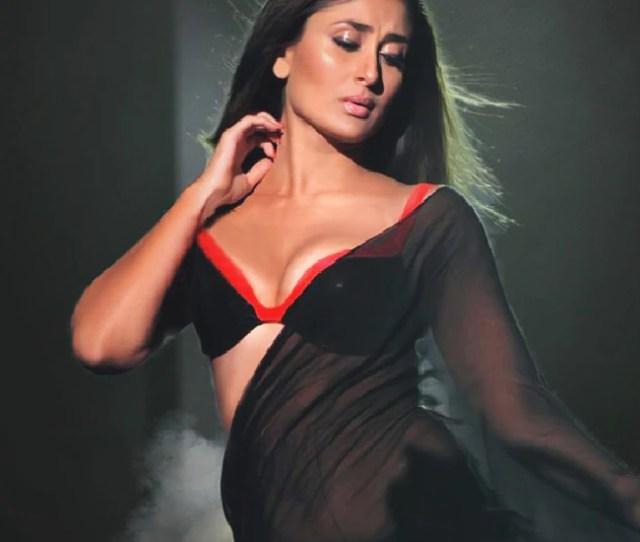 Kareena Kapoor Khan Flaunts Her Sexy Cleavage