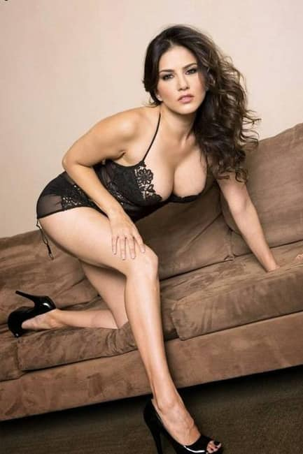 Sunny Leone poses for a smoking hot picture