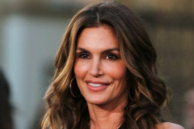 cindy crawford wished she'd taken better care of her hair