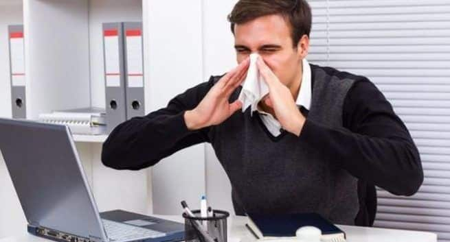Can't stop sneezing! Tips to make you house allergy-free this winter