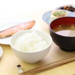 胃腸にやさしい食べ物と飲み物 避けた方がいい食材