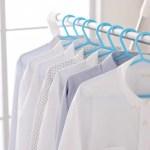 白い衣類の黄ばみの落とし方と予防策!落ちない襟や脇の汚れは?