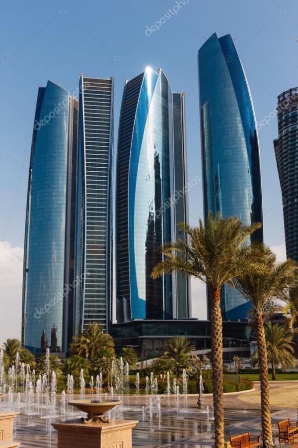 Skyskrapor i abu dhabi, Förenade Arabemiraten ...