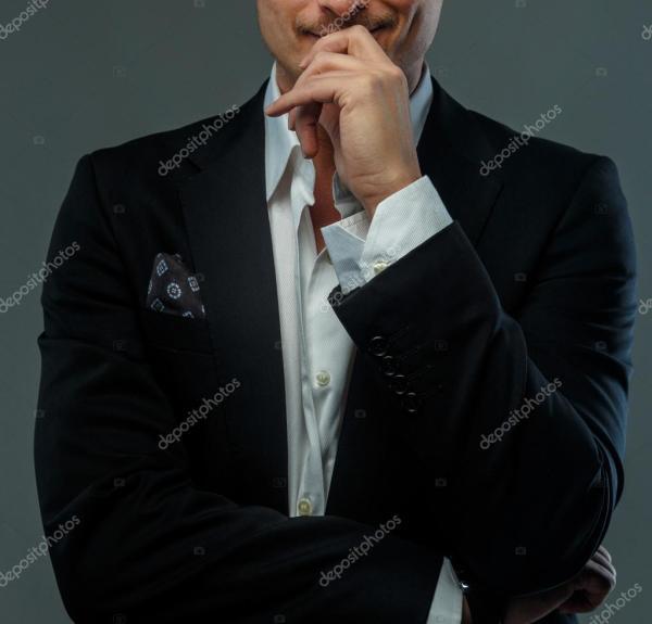 Фото парней в костюме. Красивый деловой человек в костюме ...
