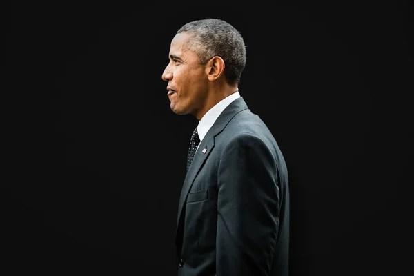 Barack obama en la Cumbre de la OTAN en newport — Fotos de Stock