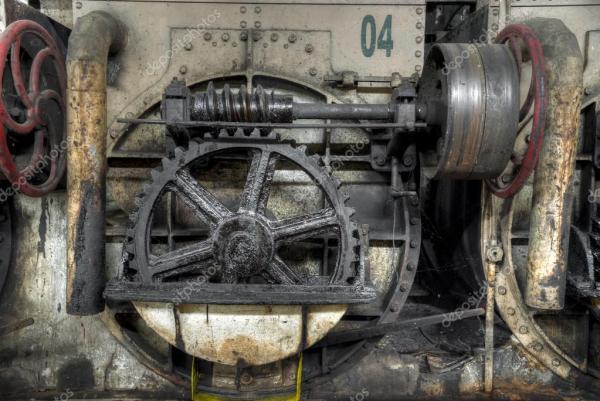 Колеса передач на сахарном заводе в Гонданг Бару, Ява ...