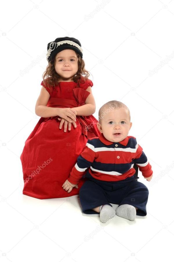 Портрет девочки и мальчика — Стоковое фото © ginosphotos1 ...