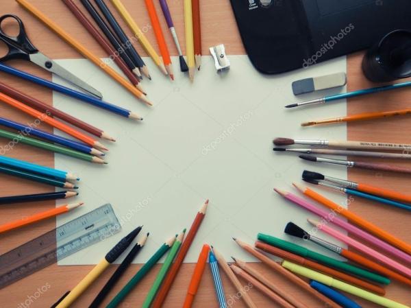 Ассортимент различных школьных предметов — Стоковое фото ...