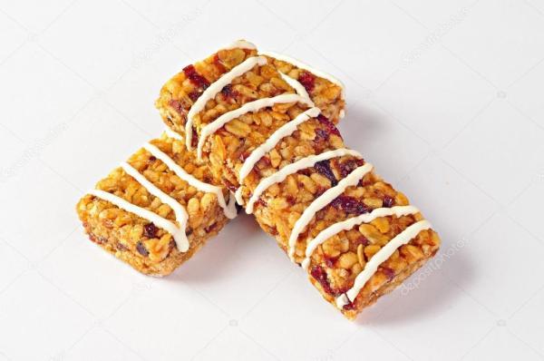 Батончиков с пшеницы, клюквой и йогурт — Стоковое фото ...